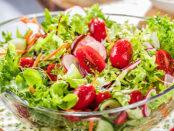 Eine Schüssel mit Salat